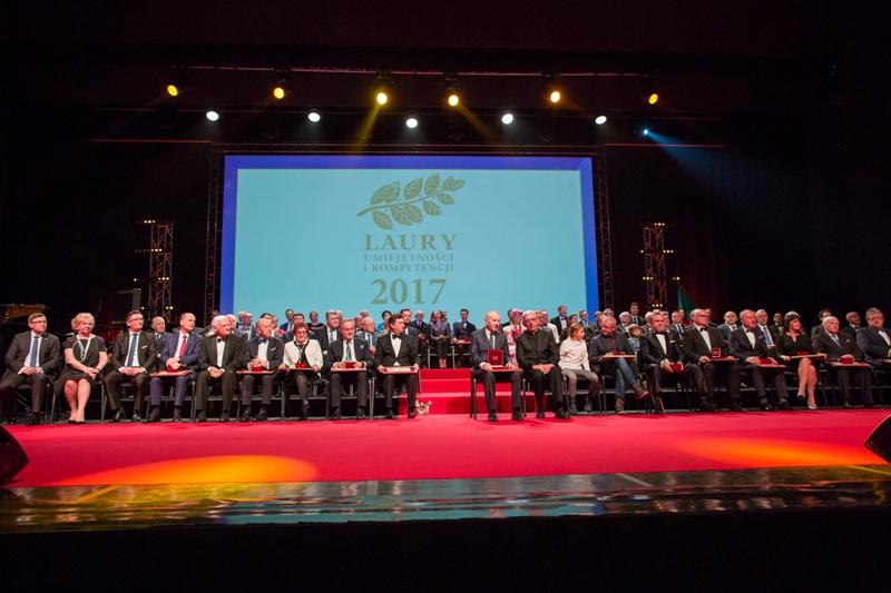 Wspólne zdjęcie laureatów